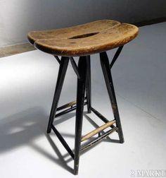tapiokruk Ottoman, Wood Stool, Vintage Chairs, Sofas, Furniture Design, Interior Design, Benches, Finland, Tables