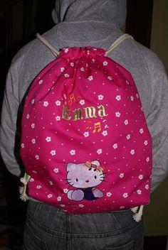Un sac à dos de fille ... dans broderie machine dsc05086