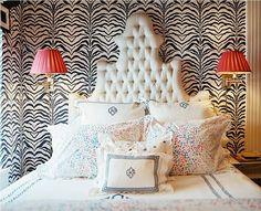 Elizabeth Bauer's studio in Gramercy Park.   Via http://issuu.com/lonnymag/docs/lonny5junejuly10-2