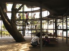"At the Fuji Kindergarten in Japan, Tezuka Architects created a unique environment that, as a tool for learning, promotes freedom of movement. ""Ring Around a Tree"" is the extension of an existing kindergarten that consists of a wood and transparent glass volume spiraling upward, enveloping a Japanese Zelkova tree. The project creates spaces for play and foreign language instruction, while also providing a fun area for the children to wait for the school bus."