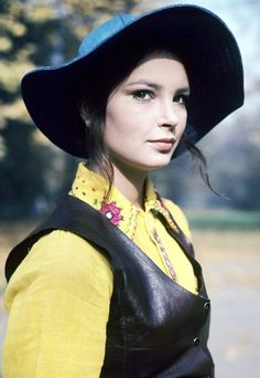 Anna, Character Inspiration, Riding Helmets, Cool Girl, Mexico, Polish, Icons, Actresses, The Originals