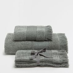 COTTON TOWELS WITH GREY BORDER