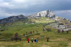Gorbeia Bilbao, Habitats, Sea, Mountains, Travel, Earth, Fotografia, Getting To Know, Lets Go