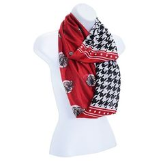 Light weight infinity scarf with half red with elephant heads and half houndstooth. Speer cute! Perfect for the Bama fan.