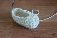 Baby Shoes, Slippers, Knitting, Kids, Young Children, Boys, Tricot, Baby Boy Shoes, Cast On Knitting