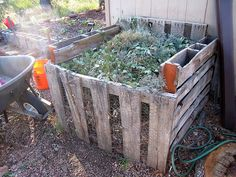 Another easy and cheap composting idea.