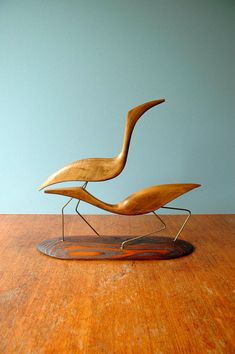 Love these birds... They remind me of the fish in my dining room.
