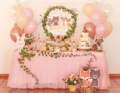 A imagem pode conter: área interna Baby Girl Shower Themes, Girl Baby Shower Decorations, Birthday Party Decorations, Birthday Parties, Fox Party, Girl First Birthday, Girly, Woodland Party, Christening