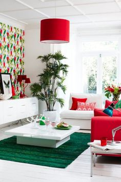Graphic floral wallpaper makes a stunning focal point. The key colours of red an Colourful Living Room, Bright Rooms, Living Room White, Beautiful Living Rooms, Living Room Colors, Living Room Interior, Living Room Designs, Living Room Decor, House Beautiful