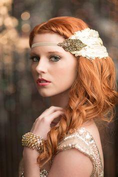 Grand Gatsby Flapper casque, accessoires de cheveux des années 1920, Daisy Buchanan Art Deco bandeau, plumes crème avec Fascinator perles Bronze by AdorningBeautyCo on Etsy