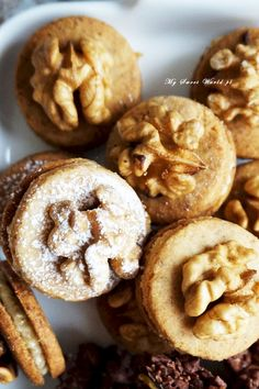 Food Cakes, Doughnut, Cake Recipes, Muffin, Food And Drink, Xmas, Cookies, Breakfast, Drinks