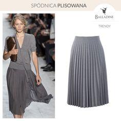 Plisowana spódnica to wspaniały prezent dla każdej kobiety. Każda z Pań powinna posiadać ją w swojej garderobie. Nasz stylista zaznacza, że na pewno będziesz czuła się w niej świetnie, gdyż jest ona bardzo wygodna i praktyczna a do tego bardzo elegancka.  Spódnica Bialcon | http://goo.gl/p7Nw3M