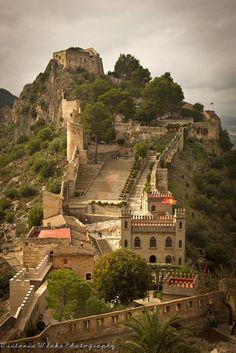 Castillo de Xátiva by viwehei, via Flickr