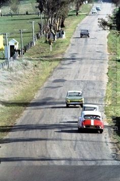 Bathurst the way it used to be - Lotus Cortinas, Mini Coopers & Citroëns. Citroen Ds, Sports Car Racing, Race Cars, Header, Slot Car Tracks, Race Tracks, Holden Australia, Aussie Muscle Cars, The Great Race