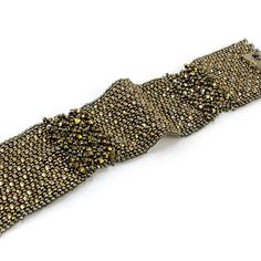 Fifth Avenue Bracelet Kit - 11/o cuts make up this peyote variations-embellishment piece, an upscale work of downtown-style designer fashion. Created by Beads Gone Wild certified designer Leslie Venturoso. Kit Makes up to 8 in. bracelet.