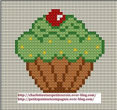 Coucou Je continue dans les grilles de gâteaux. Je vous propose un second cupcake. Pour la grille c'est par ici suffit de cliquer ici grille cupcake . Cupcake Cross Stitch, Kawaii Cross Stitch, Cross Stitch Baby, Cross Stitch Flowers, Cross Stitch Charts, Cross Stitch Patterns, Baby Embroidery, Cross Stitch Embroidery, Loom Beading