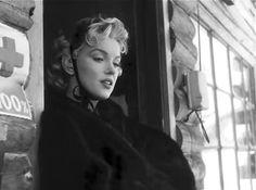 "REGBIT1: "" Sou egoísta, impaciente e.......Marilyn Monroe  ..."