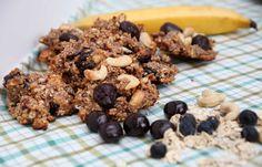 Super healthy cherry-cashew breakfast cookies
