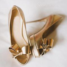 Bézs magassarkú női cipő harisnya zoknival NAOMI FASHION
