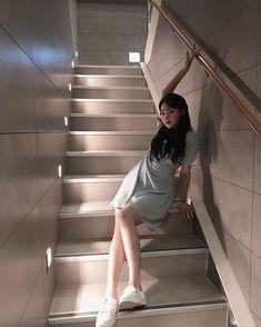 Sun And Clouds, Kpop Couples, Who Runs The World, Asian Style, Korean Style, Korea Fashion, Kpop Girls, Korean Girl, Style Guides
