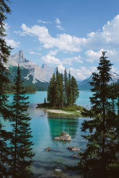 Spirit Island, Alberta Canada