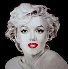 Marylin Muta  Art Michele   technique: coral book paper size 33x32  pencils B-8 and colored pencils  about hours running 30