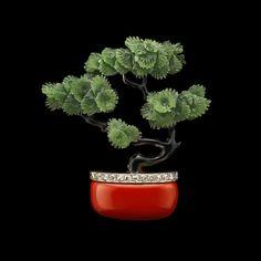 Art Deco Bonsai Tree Brooch - Circa 1915 Materials: #Jade #Enamel #Diamond #Platinum #Gold Country: Probably France Albion Art Jewellery Institute