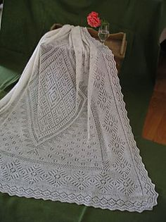 Orenburg Lace Strawberries pattern by Dano Bzyneedles Knitted Afghans, Knitted Baby Blankets, Knitted Scarves, Lace Knitting Patterns, Shawl Patterns, Baby Shawl, Crochet Lace, Baby Knitting, Lana
