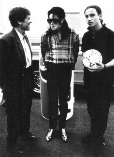 MJ and ... [ Fotos de MJ con otros famosos ] - Página 81EROS RAMAZZOTTI
