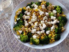 Sałatka z brokułem i kurczakiem