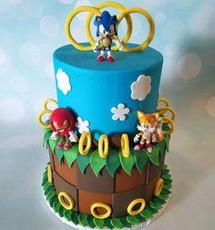 Sonic the Hedgehog Birthday Cake Sonic Birthday Cake, Sonic Birthday Parties, 6th Birthday Cakes, Sonic Party, 8th Birthday, Birthday Ideas, Hedgehog Cupcake, Sonic The Hedgehog Cake, Hedgehog Birthday