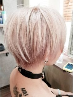 Modern Short Hairstyles for Women. Modern short haircuts are a constant wellspring of inspiration and strengthening. Short Punk Hair, Short Straight Hair, Short Blonde, Short Hair Cuts, Short Hair Styles, Modern Short Hairstyles, Very Short Haircuts, Straight Hairstyles, Fringe Hairstyles