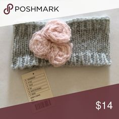ANTHROPOLOGIE KNIT HEADBAND🌸NWT Adorable knit headband with flower detail🌸BRAND NEW WITH TAGS🌸So cute!! Anthropologie Accessories Hair Accessories