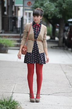 Cute vintage. If only I could wear red tights.