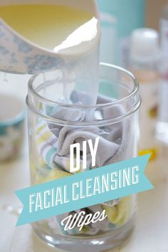DIY Homemade Reusable Facial Cleansing Wipes DIY Facial Cleansing Wipes: The simple way to clean your face and remove make-up naturally! Reusable, affordable, and all-natural! Homemade Facials, Homemade Beauty, Diy Beauty, Beauty Tips, Homemade Products, Beauty Ideas, Luxury Beauty, Beauty Stuff, Beauty Care