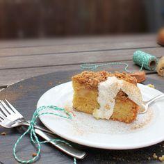 Apfel-Marzipan-Streuselkuchen Marzipan, Vanilla Cake, Desserts, Food, Cake Ideas, Dessert Ideas, Apple Crumble Recipe, Oven, Cooking Recipes