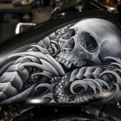 Awesome Skull - Best Airbrush Art Images, Videos and Galleries: share, rate thousand of Pictures and discover the latest uploads! - Just Airbrush Skull Artwork, Skull Painting, Air Brush Painting, Face Painting Designs, Skull Drawings, Custom Motorcycle Paint Jobs, Custom Paint Jobs, Airbrush Designs, Airbrush Art
