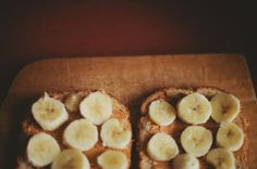 peanut butter and bananas. Probably one of my most favorite things in the world.