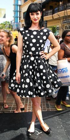 Cant afford those expensive designer bags? Check here!  Alice + Olivia dress