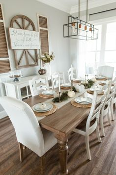Farmhouse Fall Well I'm about as late as can possibly be to the fall decorating game. Especially considering I decorate for Christmas towards the beginning of November (insert facepalm) BUT I did it. And I&… - Farmhouse Fall – North Carolina Yoga Girl Farmhouse Dining Room Table, Dining Room Table Decor, Country Dining Rooms, Dining Room Walls, Dining Room Design, Farm House Dinning Room, Dinning Room Ideas, Dining Room Decorating, Rustic Table And Chairs