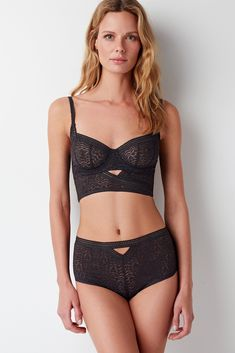 85ed633ce11 Else Lingerie hand crafts luxury intimates for the modern woman. Discover  our collections and upgrade your lingerie wardrobe.