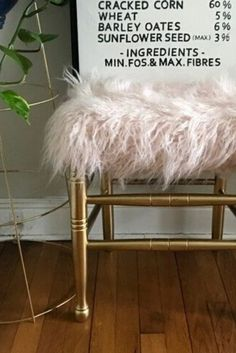 Wondering what to do with an old broken chair? Repurpose it into a stool with this easy DIY project. Check out the before and after photos of this upcycling idea to turn a chair into a cozy seat. Wooden Chair Makeover, Stool Makeover, Furniture Makeover, Furniture Ideas, Chair Upcycle, Diy Chair, Repurpose, Old Baby Cribs, Chaise Diy