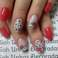 When looking for inspiration, especially for Valentine's Day, you need to concentrate on the common vday theme Your typical red, white and black is always a solid choice but other abstract colors can be great too - nails Fancy Nails, Pretty Nails, White Nails, Pink Nails, Nagellack Design, Valentine Nail Art, Pedicure Nail Art, Trendy Nail Art, Holiday Nails