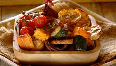 Tuscan Potato and Vegetable Bake Vegetable Bake, Spice Combinations, Baked Vegetables, Bruschetta, Spices, Potatoes, Vegetarian, Herbs, Yummy Food