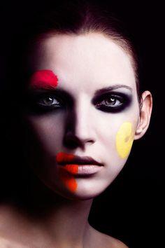 Alexander Straulino // Smokey Eyes -- Creative Makeup