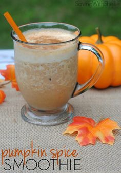 Try this protein-packed Pumpkin Spice Smoothie for a delicious on-the-go breakfast this fall.  #pumpkin #smoothie