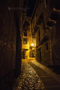 """""""Silence"""" - Albarracín is a spanish town, in the province of Teruel, part of the autonomous community of Aragón. by Rui Xu on 500px"""