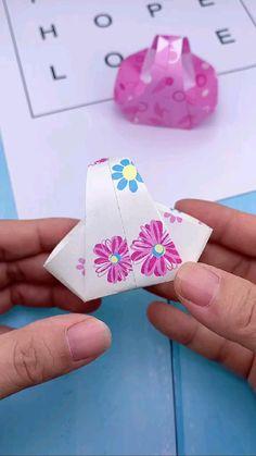 Diy Resin Crafts, Diy Crafts For Gifts, Diy Home Crafts, Craft Stick Crafts, Diy Craft Projects, Creative Crafts, Fun Crafts, Diy For Kids, Crafts For Kids