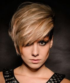 22 Modern Short Haircuts for Thick Hair for Women Hair Ideas. The favorite hair colors and Side Cut Hairstyles, Short Hairstyles For Thick Hair, Haircut For Thick Hair, 2015 Hairstyles, Elegant Hairstyles, Popular Hairstyles, Short Hair Cuts, Cool Hairstyles, Beautiful Hairstyles