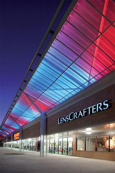 LED Color Changing at Cermak Plaza in Chicago